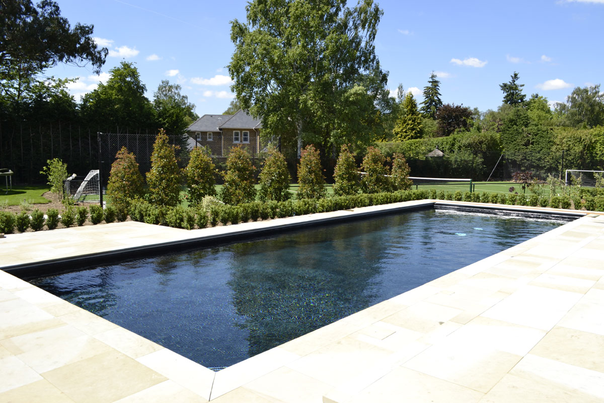 Infinity Pools Installation Cambridge Swimming Pool